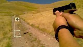"""Como empuñar una pistola semi-automatica  """"Usando ambas manos"""""""