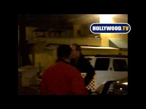 BRAD GARRETT ATTACKS Paparazzi For No Reason