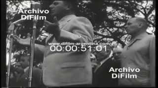 DiFilm - Peron entrega campo de deportes a la Federación Empleados de Comercio (1954)