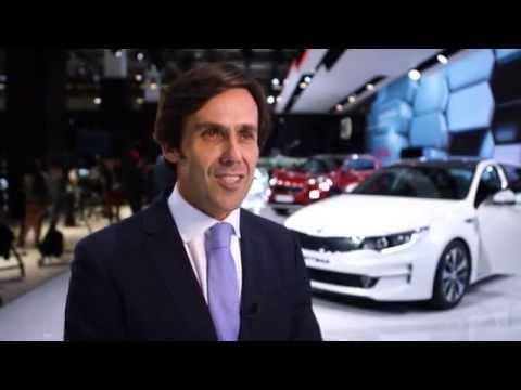Interview with Arthur Martins, Vice President Marketing, Kia Motors Europe, at IAA 2015 | AutoMotoTV