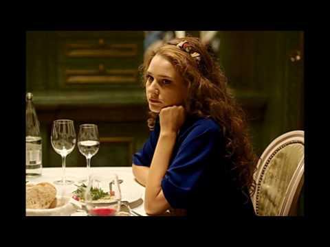 Сегодня 25 Декабря исполняется 36 лет россиской актрисе , звезде сериала измены на ТНТ Елена Лядова