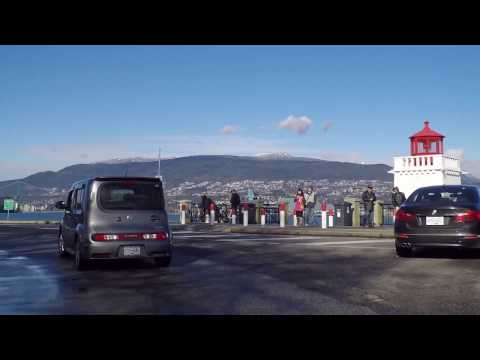 Driving in Stanley Park - Vancouver Harbor - Large Park next to Downtown - Canada - February 2017