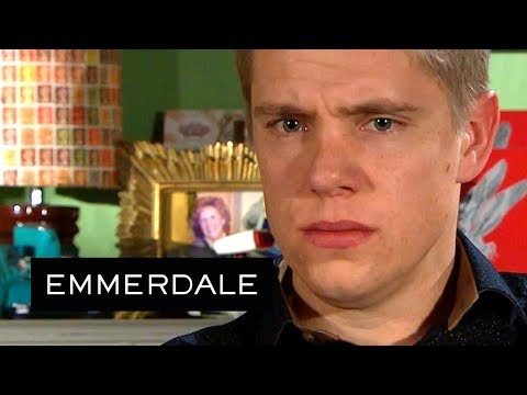Emmerdale - The Whites Underestimate Robert Yet Again
