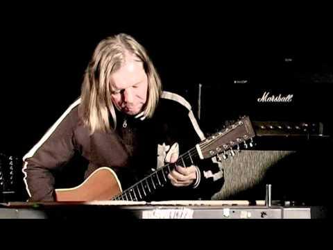 Live solo with Martin D12-28 and Marshall 50-watt Plexi '68; ZALO DUO live