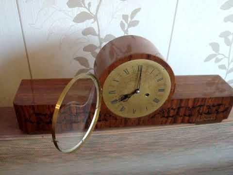 Часы настольные, каминные Янтарь с боем 1980