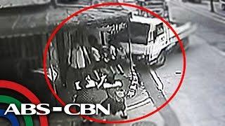 TV Patrol: 4 estudyante, inararo ng truck sa Maynila