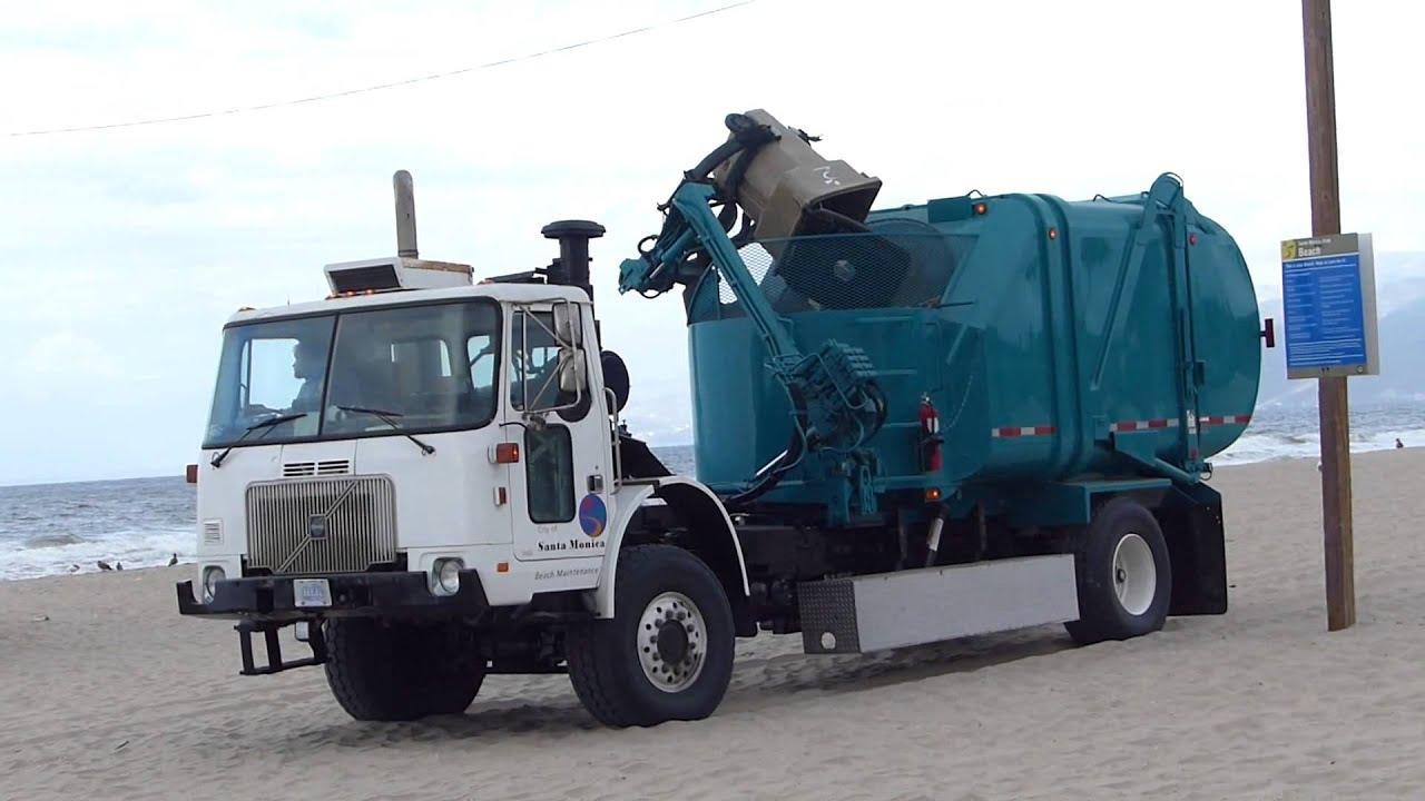 Volvo wxll 4x4 heil rapid rail garbage truck