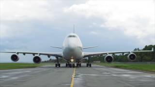 Boeing 747-400 landed BPN  Sultan Aji Muhammad Sulaiman - sepinggan international Airport ( jetlag )
