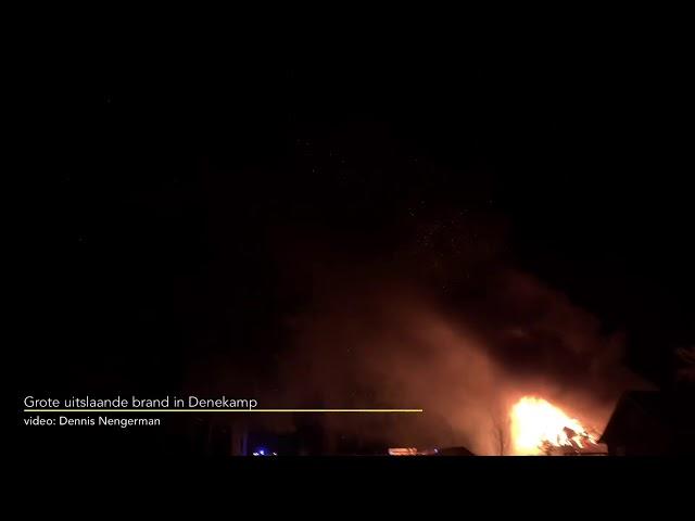 Grote uitslaande brand in Denekamp