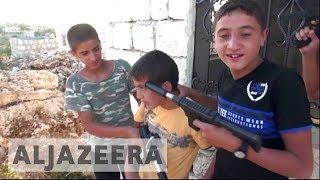 Toy guns and mental health: Syrian children play out war traumas thumbnail