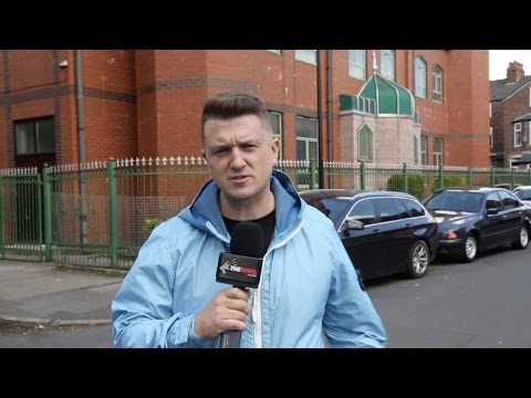 "Tommy Robinson in Manchester: ""Politicians have sold us out"""