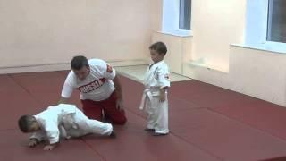 1.11.15 Открытый урок по дзюдо. Учимся падать - 3. Малыши 3 - 4 года. Centre Judo Kids. Feodosiya