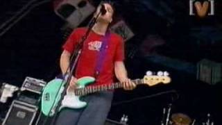 Blink 182 - Going away to College - Live at Sydney