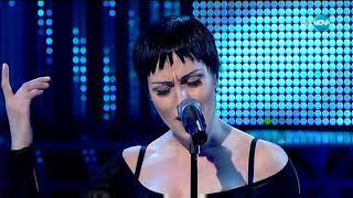 """Деси Бакърджиева като Madonna - """"Rain""""   Като две капки вода"""