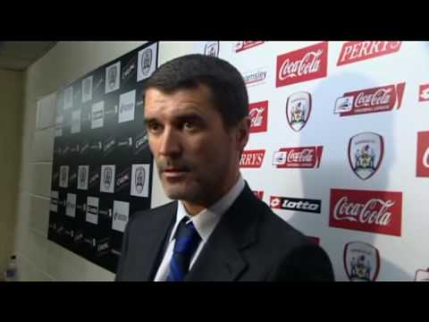Roy Keane loses his temper with reporter