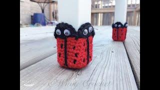 How to crochet ladybug chair socks