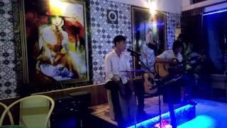 Em Cứ Đi Đi | acoustic | Báo Group | Coffee