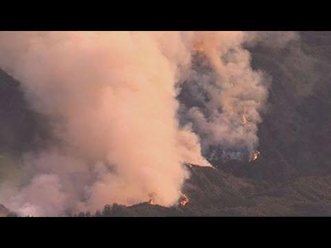 Mendocino Complex fire continues to threaten California