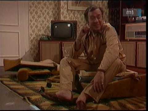 """Képtalálat a következőre: """"mi került ezen a fotelon 7200 forintba"""""""