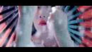 Wu-Tang Clan & Erykah Badu - The Heart Gently Weeps