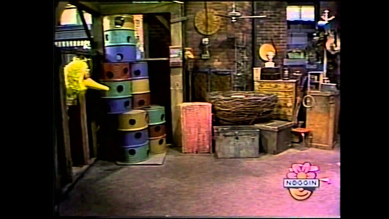 Classic Sesame Street - Snuffy's Toaster Snugy's Cousin-3013