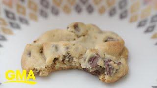 Snoop Dogg's peanut butter chocolate chip cookie recipe