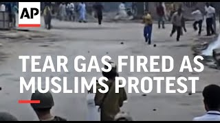 Tear gas fired as Muslims protest Hindu trade blockade