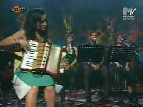 Diego Torres y Julieta Venegas - Que No Me Pierda (MTv Unplugged)