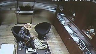 Jewelry store owner locks accused thief in vault