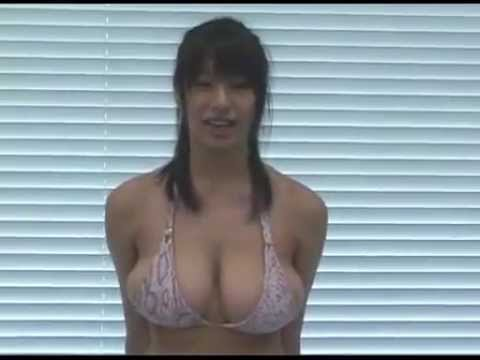 How to Deal with Having Big Breasts from YouTube · Duration:  2 minutes 2 seconds