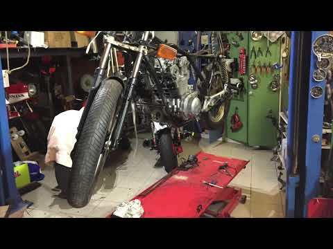 Restauration Honda CB900