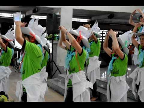 Các bạn sinh viên Công giáo Thanh hóa tại Sài gòn múa bài Trống Cơm trong ngày hội Di dân Phát   Thanh 30 04 2010