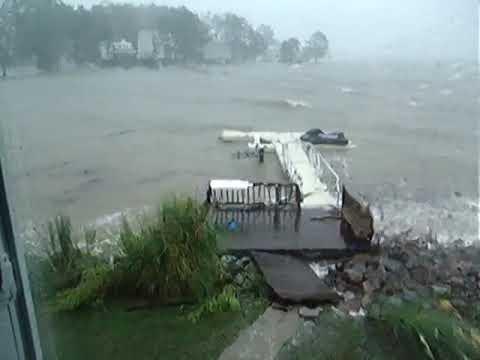 EZ Dock: Dock sections weather Crashing Waves