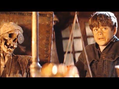 The Huntsman - Winter s War - Young Eric and Sara Fight (Deleted Scene)из YouTube · Длительность: 2 мин20 с