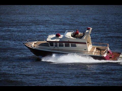 Катер российского производства. Моторная яхта NorthSilver 1440