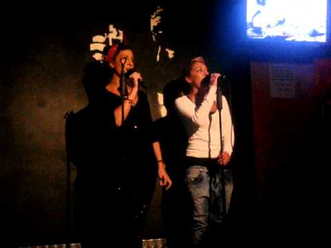 Karaoke Ire y Pili