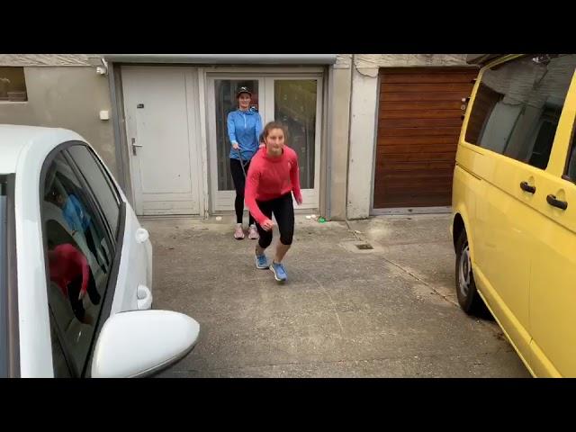Stade Genève exercices parents-athlètes par Michèle et Saskia