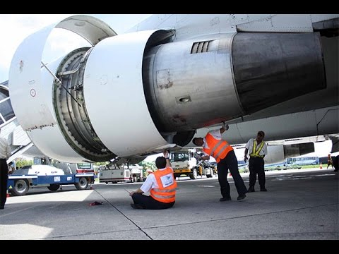 suara mesin pesawat ketika di hidupkan luar biasa