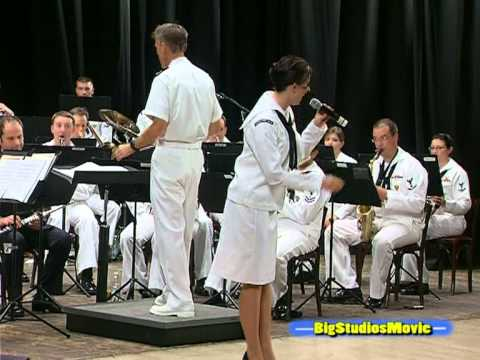 US NAVAL FORCES  EUROPE BAND -Mambo Italiano-.mpg