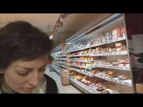 """В """"Билле"""" блогера пищевой плёнкой били. Это не общественное, а чужое рабочее место."""