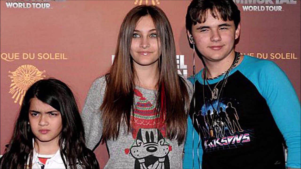 Michael Jackson's Kids Considering Filing Lawsuit against Wade Robson & James Safechuck