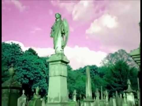 The Smiths - Cemetry Gates (Video)