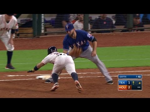 TEX@HOU: Andrus nabs Altuve at first after...