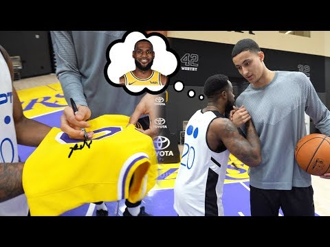 """BRO WHERE IS LEBRON?"" KYLE KUZMA SIGNED MY LAKERS JERSEY IN PRACTICE!"