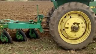 Arando las tierras. Enseñando al chalan. | Fail
