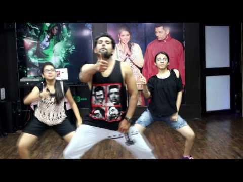 Cheez Badi MP3 Song | Machine | Mustafa & Kiara Advani | Udit Narayan & Neha Kakkar