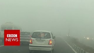 Hair-raising drive through Delhi smog - BBC News