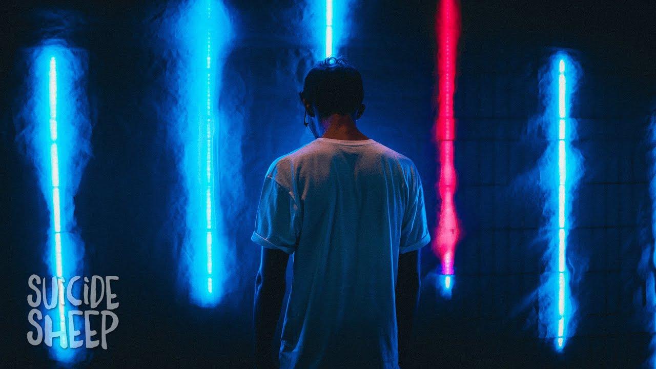 WATEVA - Headlights (feat. Stefan)