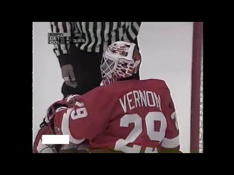 Valery Kamensky runs away from Lidstrom and scores GWG for Avalanche (1995)
