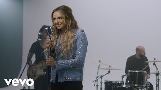 Carly Pearce - Hearts Going Out Of Its Mind